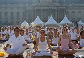 giant yoga cl in paris france all
