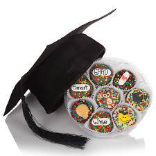 graduation cap and wheel of 16 oreos at