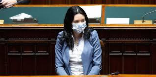 La ministra Azzolina ha confermato che non si tornerà a scuola prima di  settembre - Il Post