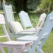 garden chairs using cuprinol shades