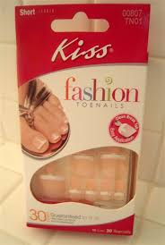kiss fashion toenails review