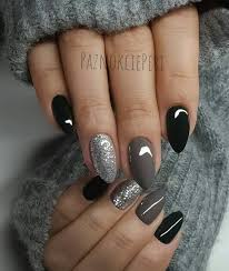 Pin by Felicia Price on uñas | Classy nail designs, Silver nails, Classy  nails