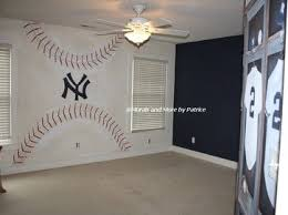 Pin By Gaga On Sports Themed Rooms Yankee Bedroom Baseball Themed Bedroom Ny Yankees Room