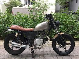 cafe racer suzuki gn125 motorbikes