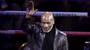 Mike Tyson torna sul ring a 54 anni: sfiderà Roy Jones Jr