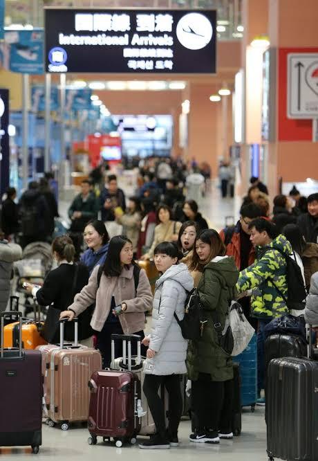 """「訪日外国人 空港 画像」の画像検索結果"""""""