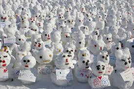 La révolte gronde chez les bonhommes de neige! - Les cahiers de ...