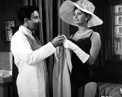 Sophia Loren and Peter Sellers in The Millionaires [1960 ...
