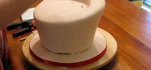 topsy turvy cake cake decorating