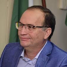 Resultado de imagem para prefeito waldenio amorim