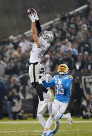 DII walk-on turned factory worker was Raiders' TNF hero with 2 ...