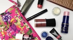the makeup maniac does your makeup