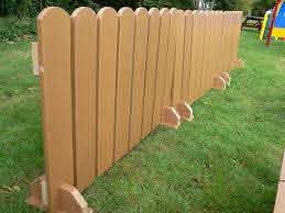 Renters Can Set Up Temporary Dog Fences Diy Privacy Fence Temporary Fence For Dogs Fence Decor