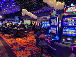 Phoenix-area casinos extend their closures into May