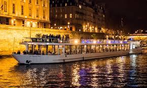 Formule dîner croisière au choix pour 1 ou 2 personnes sur le Diamant  Bleu-Pavillon Seine