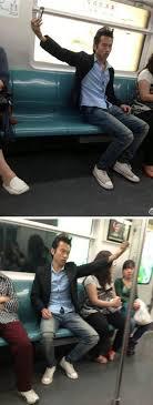 صور مضحكة هذا ما يحدث عندما يمضي السيلفي على غير