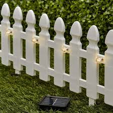 Amazon Com The Lakeside Collection 6 Ft Solar Border Fence Panel Garden Landscape Edging Stake White Garden Outdoor