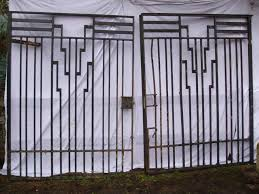 Pin By Adam Mcculloch On Riad Fence Art Wrought Iron Fences Iron Fence