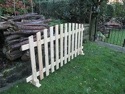 Free Standing Picket Fence Curved Planed Timber 6ftx3ft Fence Panel F