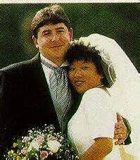 Alfie Tucker and Kym Maria Smith-daughter of Jean Kennedy Smith and Stephen  Smith on their wedding day   Kennedy family, John kennedy, Kennedy jr