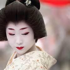 an geisha wore lipstick made
