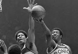Wes Unseld, Hall of Fame center for the NBA's Washington Bullets, dies at  74   Pittsburgh Post-Gazette