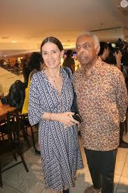 Gilberto Gil e a mulher, Floral Gil, vão ao lançamento do filme 'O ...