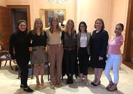 Sacred Heart Alumnae Participate in Business Careers Roundtable | News  Details