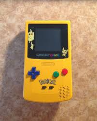 Amazon.com: Game Boy Color - Limited Pokemon Edition - Yellow ...