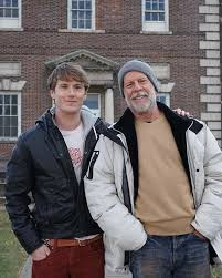 Spencer Treat Clark(Adrien) and Bruce Willis in Glass | Atores, Los  angeles, califórnia, Filmes
