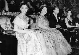Princess Margaret's Life In Pictures - Beautiful Photos of Queen  Elizabeth's Sister