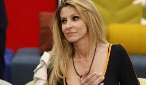 Adriana Volpe ha violato il regolamento al Grande Fratello Vip ...