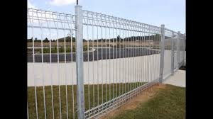 Anping Fansi Factory Hot Dip Galvanized Roll Top Fence Brc Fence Youtube