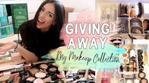 giving away my makeup collection