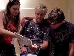 Vic Mignogna and Aaron Dismuke Read A Fan Manga at AFO 2009 - YouTube