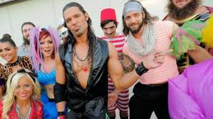 11 Wrestlers Who Masqueraded As Rosebuds