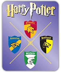 Amazon Com Harry Potter Hogwarts Gryffindor Vynil Car Sticker Decal Select Size Arts Crafts Sewing