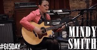 Mindy Smith performs Closer [video] - Lightning 100