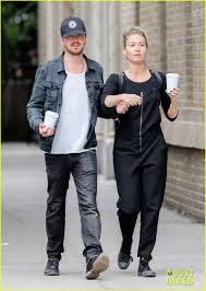 Full Sized Photo of aaron paul lauren parsekian hang out in nyc 05   Photo  3677576   Just Jared