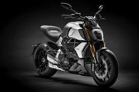 10 street bikes we can t wait to ride