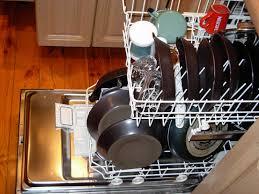 Có thể bạn cần biết: Máy rửa chén nào có thể rửa được xoong nồi