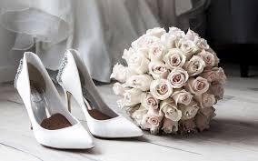تحميل خلفيات باقة الزفاف الورود البيضاء الأبيض أحذية العروس