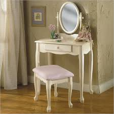 makeup vanity table with mirror