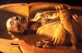 أوصاف وصورة فرعون موسى وجثته الحقيقية