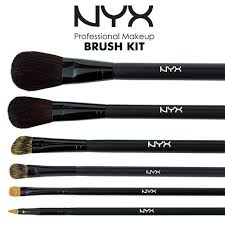 pro brush collection angled eyeliner