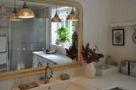 lighting solutions for small bathroom