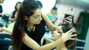 5 self makeup courses where you ll be