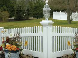 500 Cheap Pvc Wpc Fence Ideas Pvc Fence Fence Urban Road