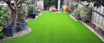 london artificial grass company 1