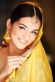 sabs salon bridal makeup for mehndi